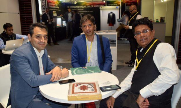 بازدید جناب آقای مهندس سعید صادقی و هیات همراه از غرفه شرکت تکسکام در نمایشگاه ایتما بارسلونا
